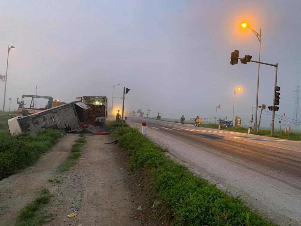 Vụ tai nạn xảy ra ở một ngã tư bị hỏng đèn giao thông gần 1 tuần nay
