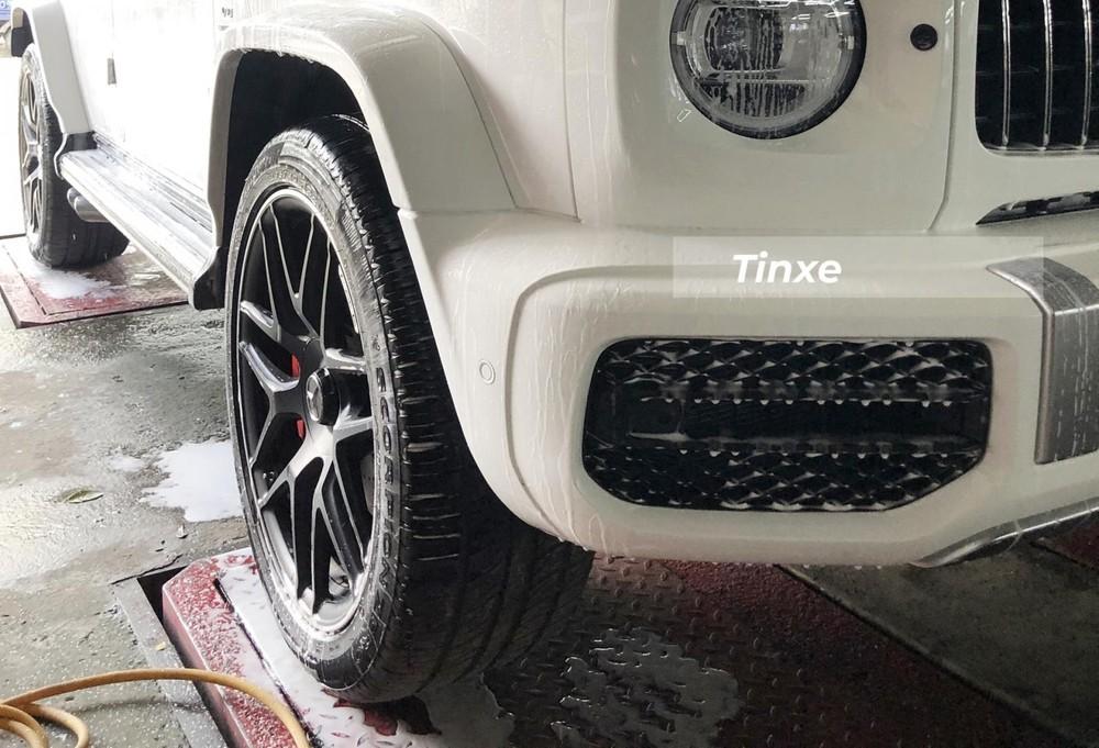 Xe Mercedes-AMG G63 của Sơn Tùng M-TP còn có bộ mâm đa chấu kép
