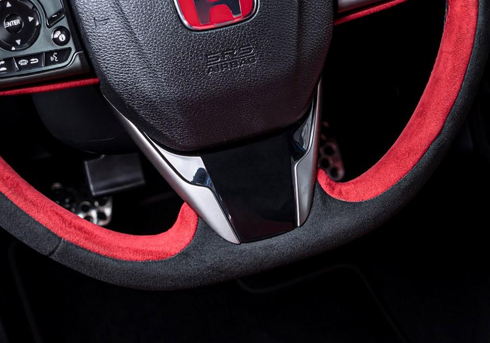 Vô lăng của Honda Civic Type R 2021