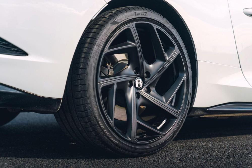 Riêng bộ vành của Bentley Bacalar Roadster Special đã khiến hãng Bentley phải tốn nhiều công sức