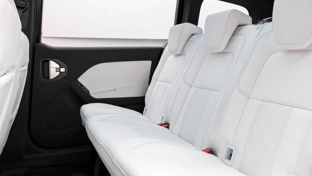Mercedes-Benz EQT có nội thất 7 chỗ