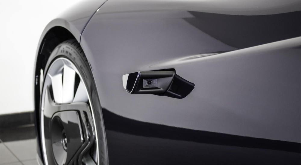 McLaren Speedtail sử dụng camera làm gương chiếu hậu