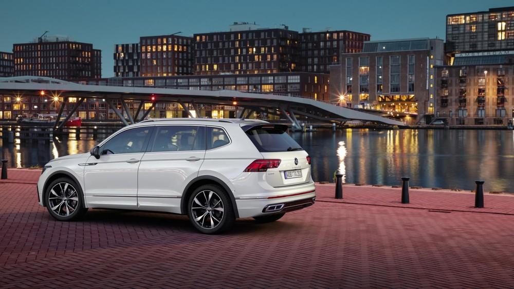 Volkswagen Tiguan Allspace 2021 có nhiều trang bị an toàn
