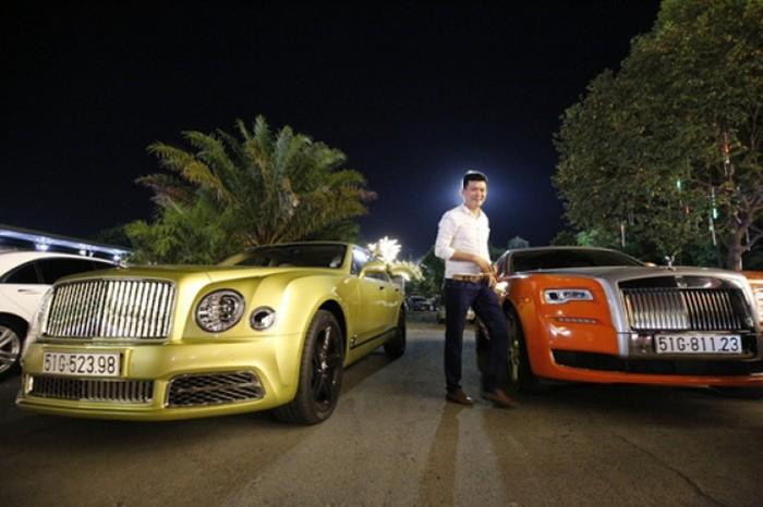 Cặp đôi xe siêu sang Bentley Mulsanne và Rolls-Royce Ghost rất hay được vợ chồng Dũng Lò Vôi sử dụng