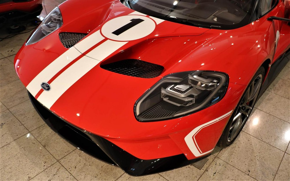 Ford GT Heritage Edition giới hạn sản xuất
