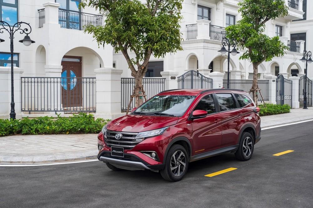 Kết quả bán hàng của Toyota Việt Nam trong tháng 4 giảm mạnh và không bằng TC Motor.