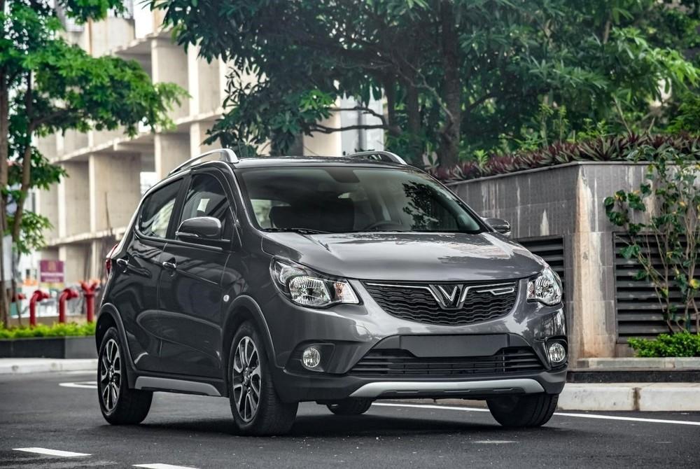 VinFast Fadil tiếp tục là mẫu ô tô bán chạy nhất của hãng xe Việt.