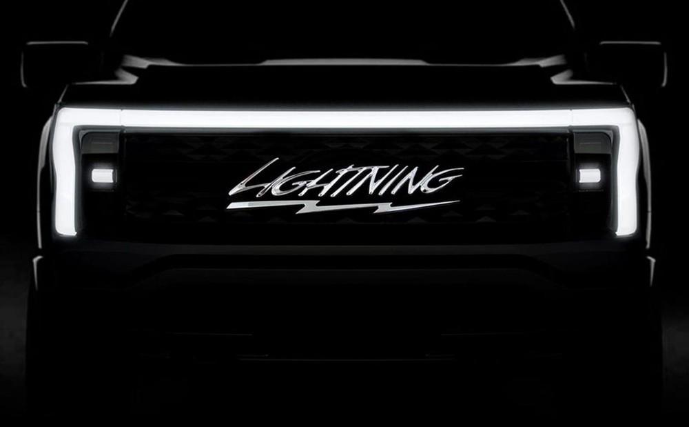 Hãng Ford hé lộ tên của F-150 phiên bản chạy điện