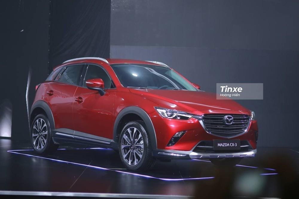 Thiết kế nội/ngoại thất của Mazda CX-3 có nhiều điểm giống với Mazda2 đời cũ nhưng là phiên bản gầm cao.
