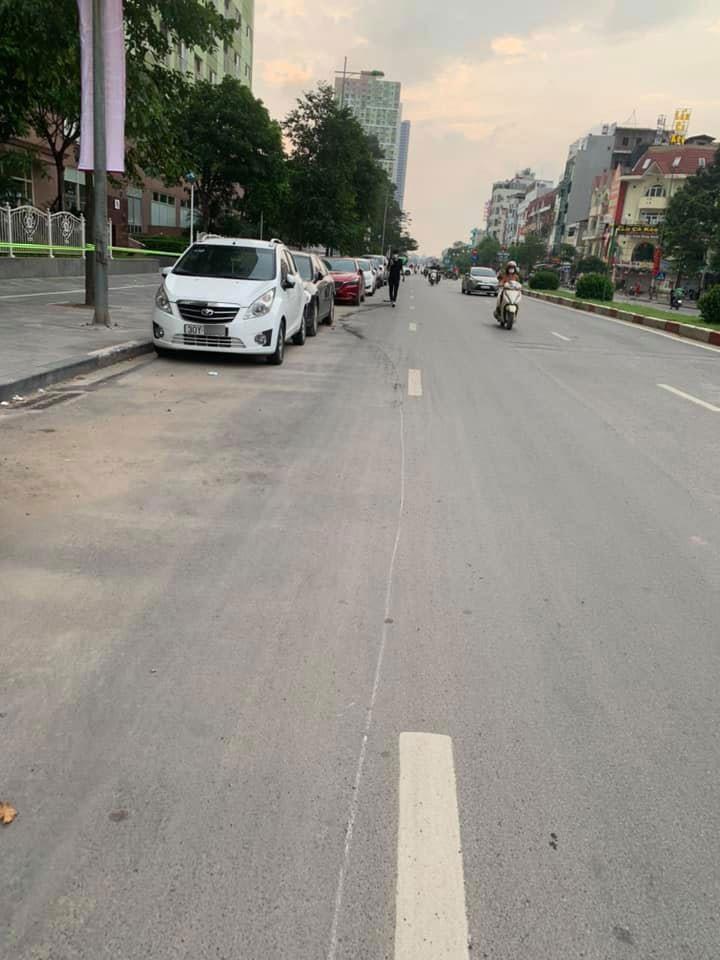 Chiếc Daewoo Matiz không bị hỏng nhiều sau vụ tai nạn liên hoàn
