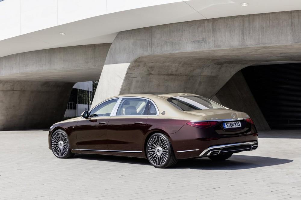 Mercedes-Maybach S680 2022 dùng động cơ giống S650 cũ