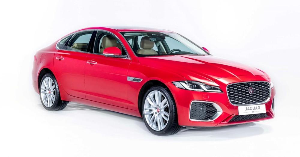 Giá xe Jaguar XF 2021
