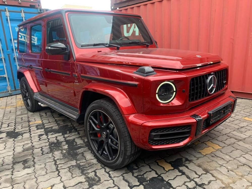 Đây là chiếc xe Mercedes-AMG G63 hiếm hoi tại Việt Nam sở hữu màu đỏ