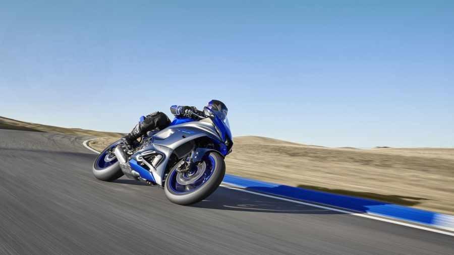 Thiết kế Yamaha R7 được thừa hưởng từ siêu mô tô Yamaha R1M