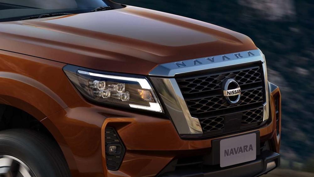 Cận cảnh đầu xe Nissan Navara 2021.