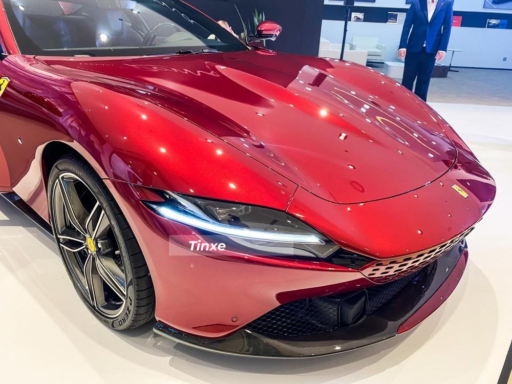 Màu sơn đỏ trên Ferrari là sự lựa chọn tuyệt vời cho các khách hàng khi mua xe Roma