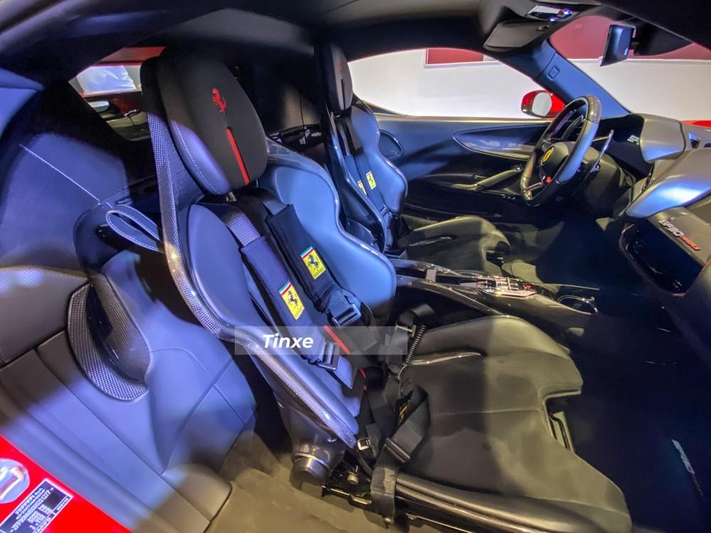 Nội thất siêu xe Ferrari SF90 Stradale chính hãng mới về nước