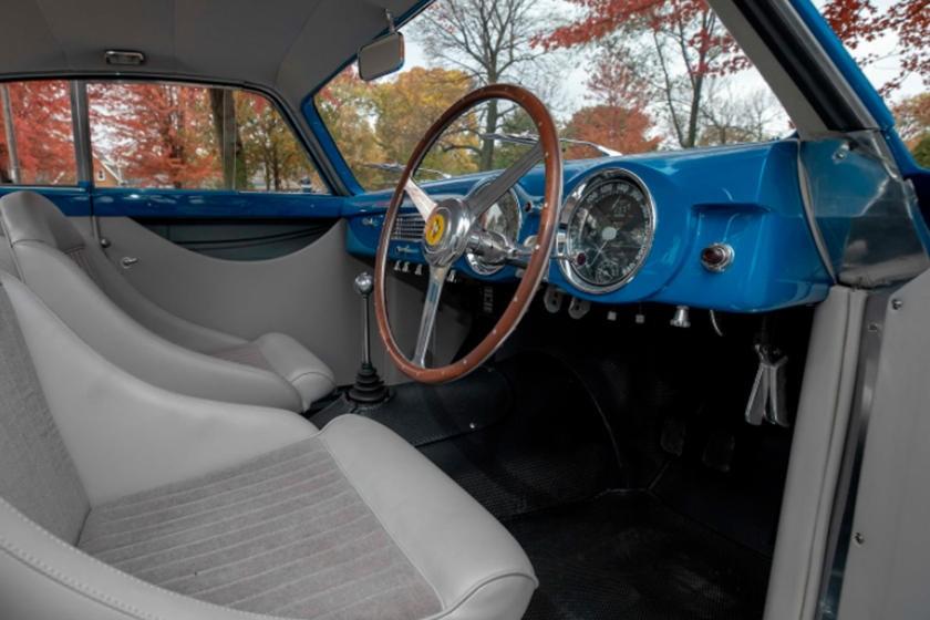 Nội thất của chiếc Ferrari 340 America 1952