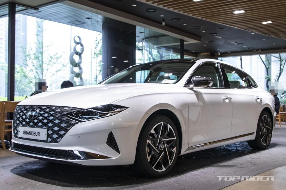 Hyundai Grandeur Le Blanc 2021 được trưng bày tại Hàn Quốc