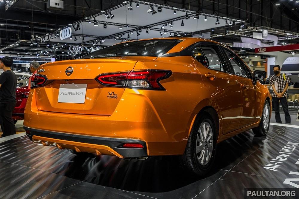 Tại thị trường quốc tế, bản cao cấp của Nissan Almera 2021 được trang bị hệ thống đèn full LED cùng mâm hợp kim 15 inch.