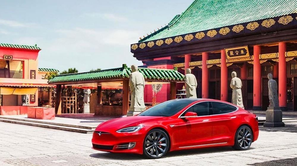 Không chỉ bị cấm tại các khu phức hợp quân sự, xe Tesla còn không được đỗ trong một số tòa nhà chính phủ tại Trung Quốc