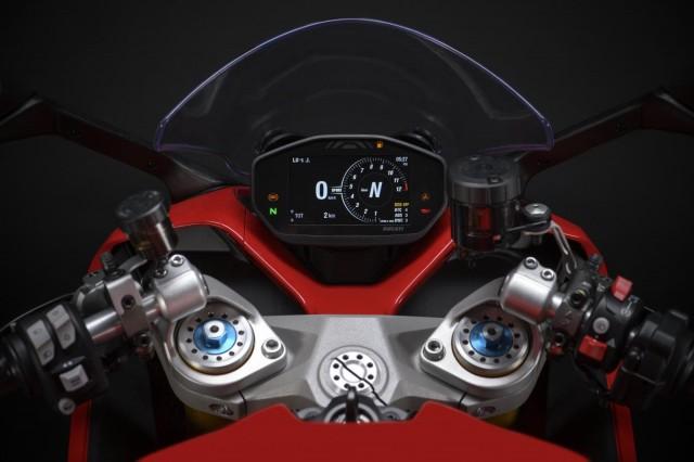 Ducati Supersport 950 2021 được trang bị phuộc Ohlins trên phiên bản cao cấp