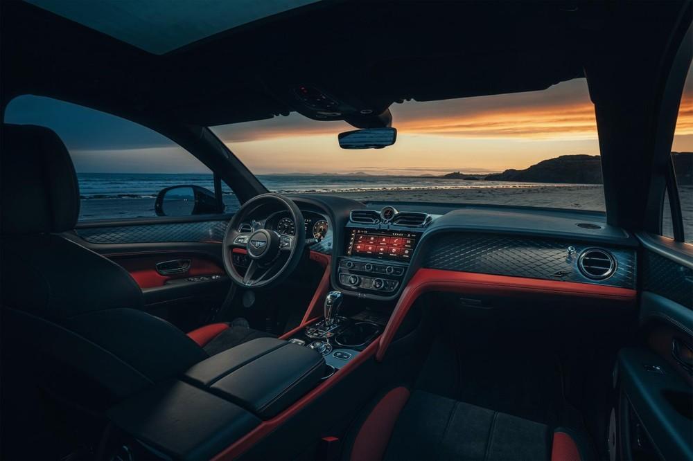 Nội thất bên trong Bentley Bentayga S 2022