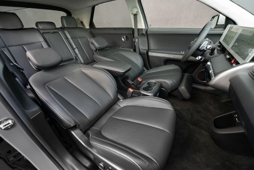 Hyundai Ioniq 5 2021 có nội thất 5 chỗ rộng rãi