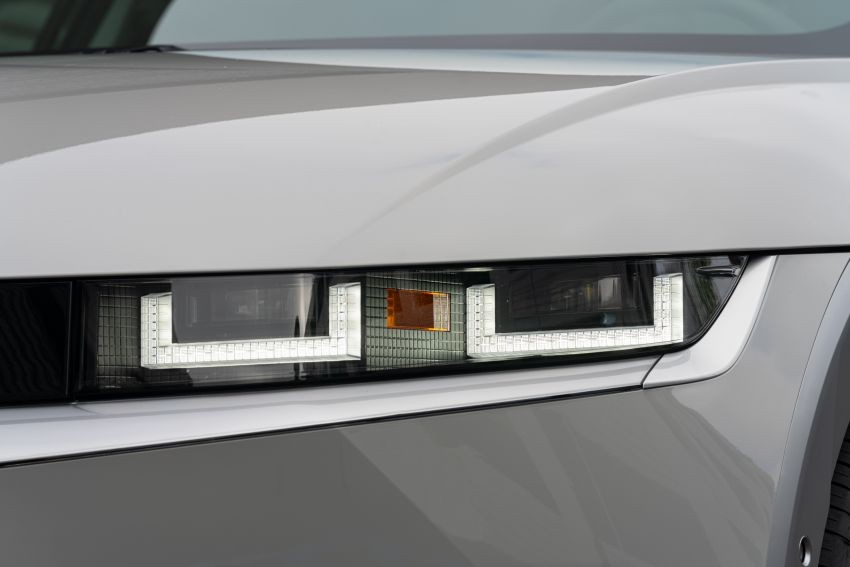 Đèn pha Parametric Pixel của Hyundai Ioniq 5 2021