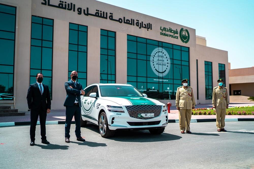 Hình ảnh tại lễ giao chiếc GV80 cho lực lượng cảnh sát Dubai