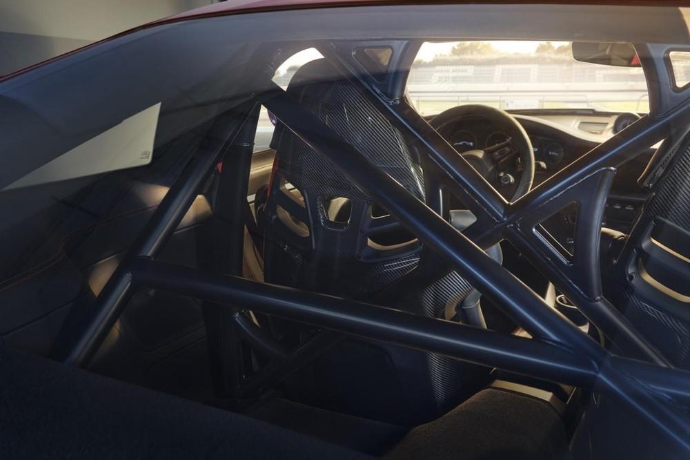 Khung an toàn của Porsche 911 GT3 2022
