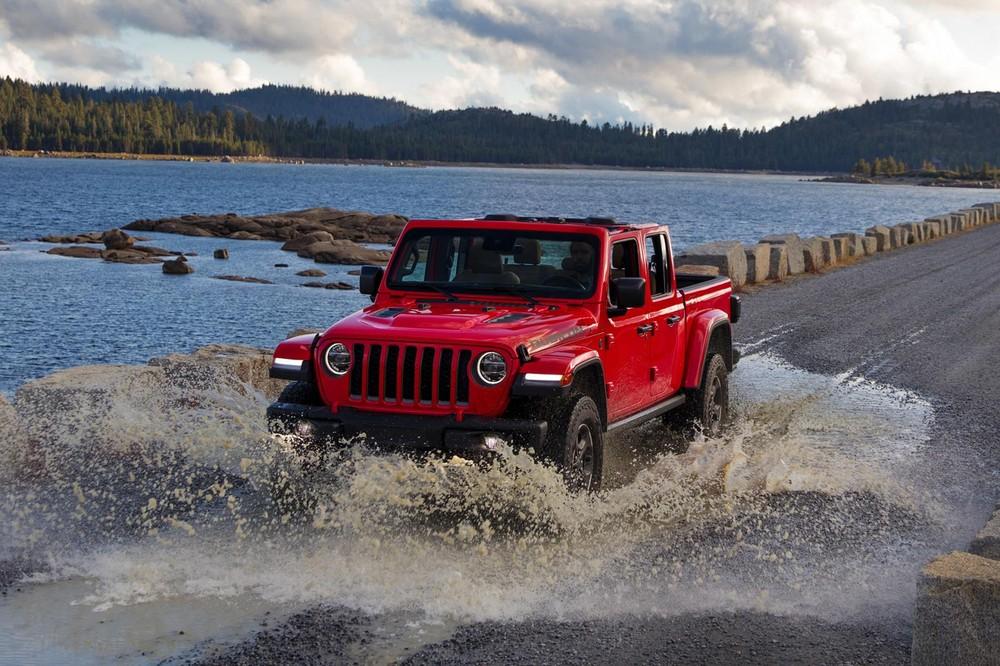 Giá xe Jeep Gladiator