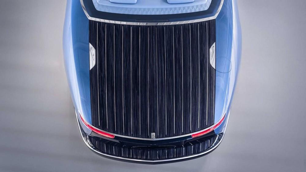 Khoang chứa đồ trông như boong tàu của Rolls-Royce Boat Tail