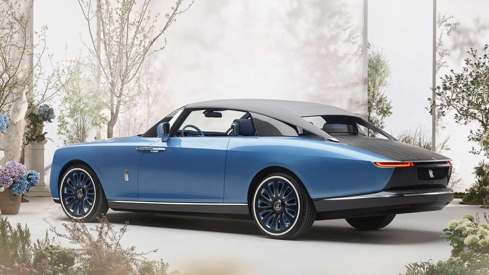 Rolls-Royce Boat Tail dùng mui nỉ