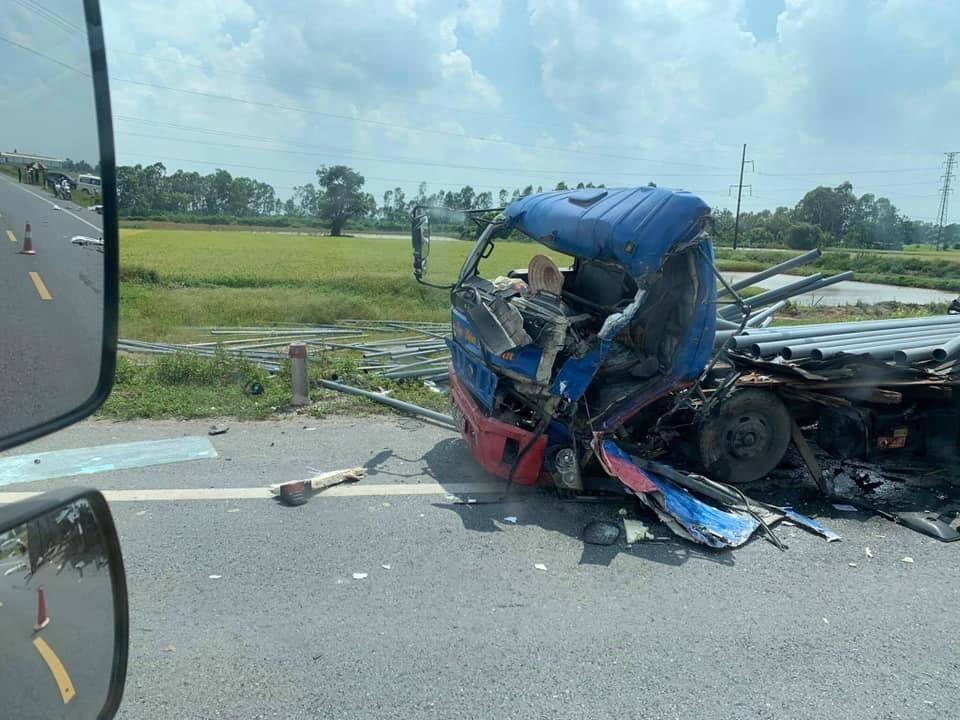 Chiếc ô tô tải 29C bị hư hỏng nặng