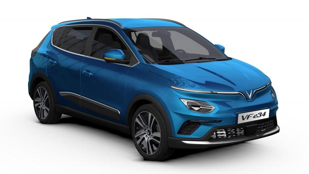 Hiện tại, VinFast mới chỉ nhận cọc mẫu xe điện VF e34 thuộc phân khúc C-SUV, dự kiến bắt đầu bàn giao vào tháng 11 tới đây.