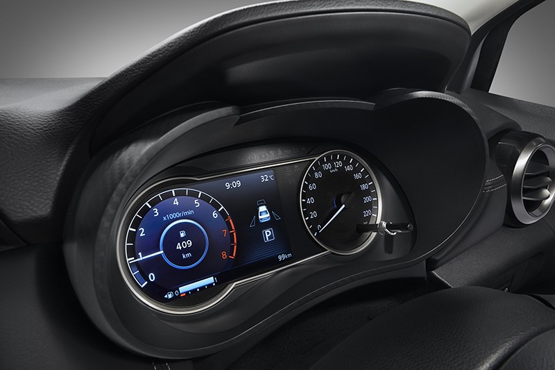 Bảng đồng hồ của Nissan Almera Sportech 2021