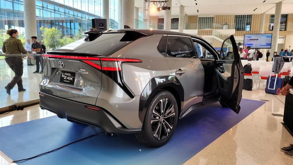 Toyota bZ4X có hệ dẫn động 4 bánh