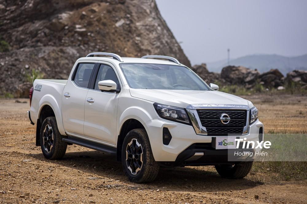 Ngoại thất của Nissan Navara 2021 được trau truốt hơn.