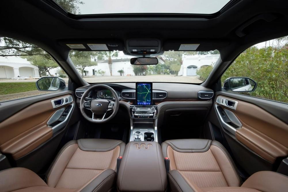 Nội thất của Ford Explorer 2021.