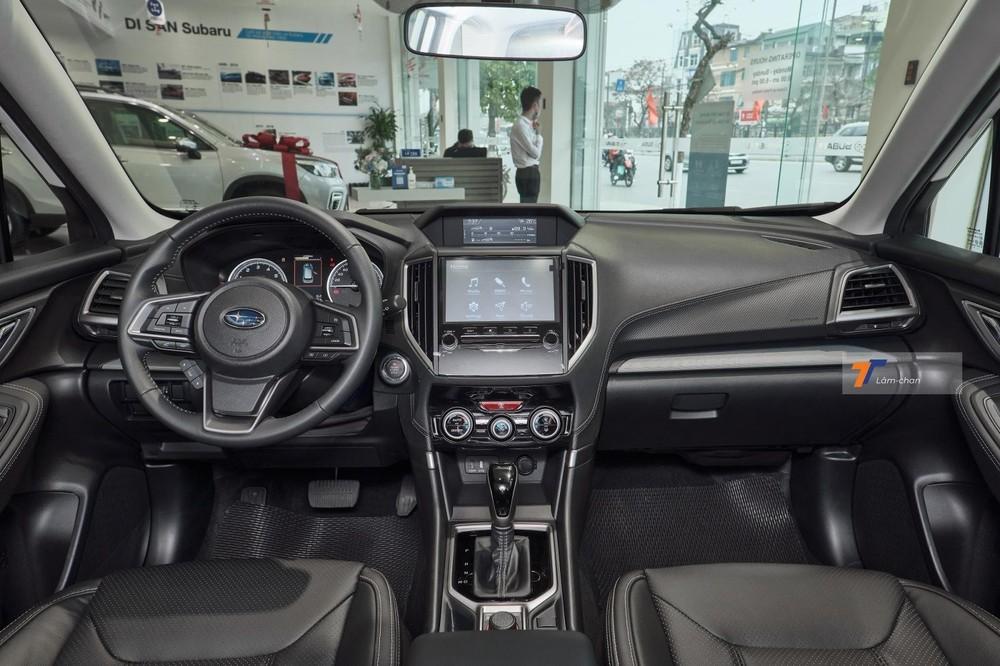Nội thất của Subaru Forester.
