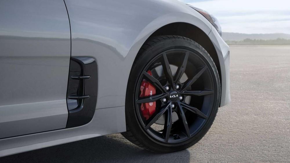 Vành hợp kim 19 inch dành riêng cho Kia Stinger Scorpion Special Edition 2022