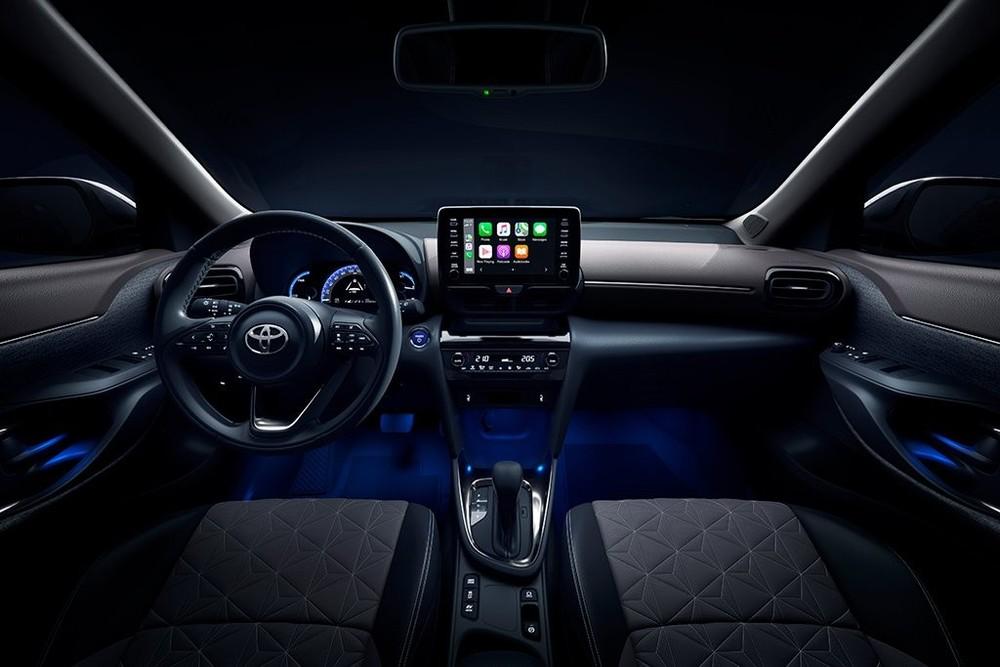 Toyota Yaris Cross Hybrid 2021 tại Singapore được trang bị gói công nghệ Toyota Safety Sense.