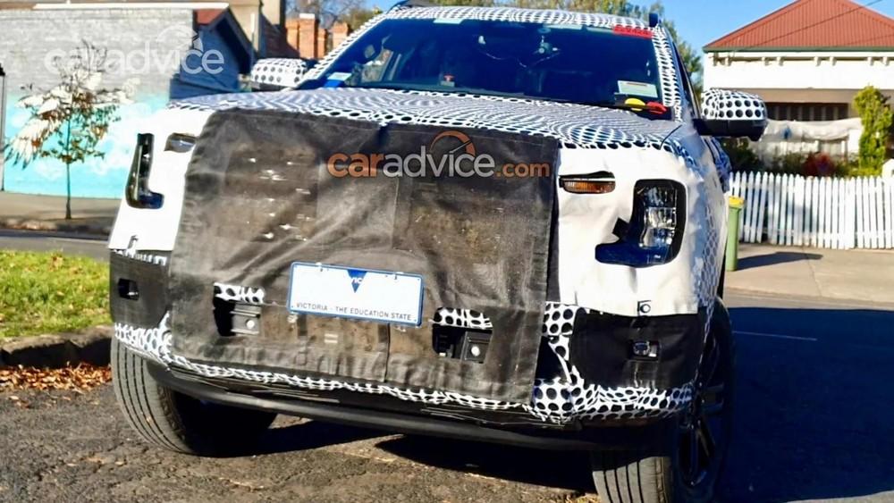Ford Everest 2022 dự kiến sẽ được bổ sung thiết kế đầu xe mới
