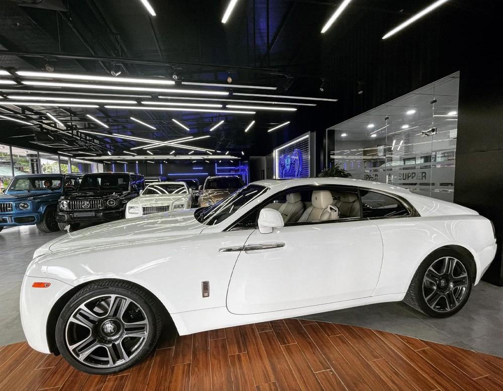 Rolls-Royce Wraith này thuộc thế hệ đầu tiên