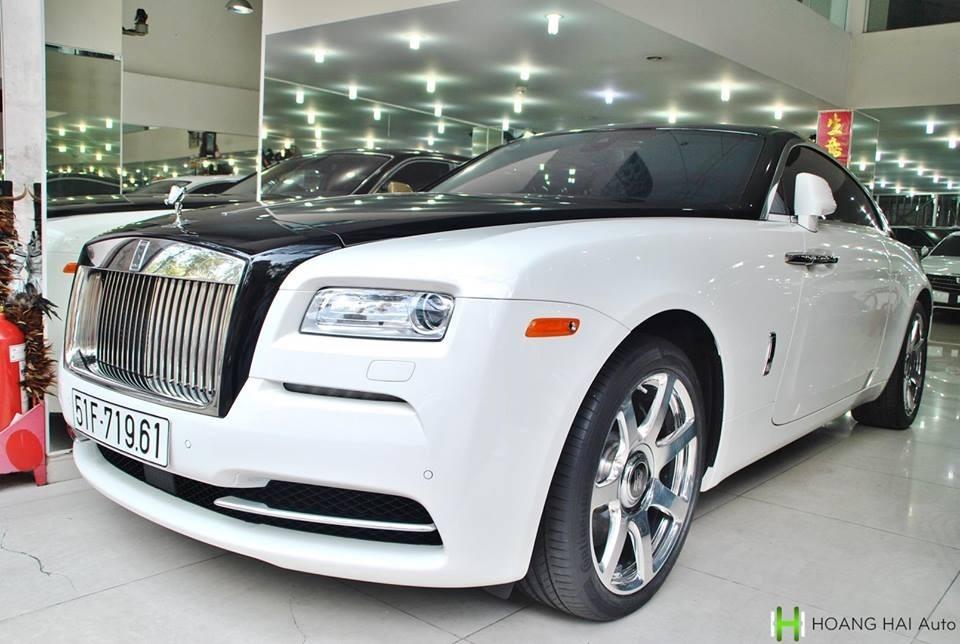 Ngoại hình chiếc Rolls-Royce Wraith lúc được Chủ tịch Trung Nguyên bán lại cho công ty nhập khẩu tư nhân quận 5 vào năm 2018