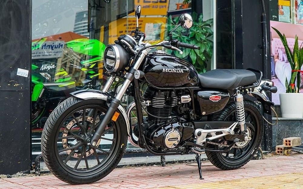 Honda CB350 H'ness có giá bán hơn 100 triệu tại Việt Nam