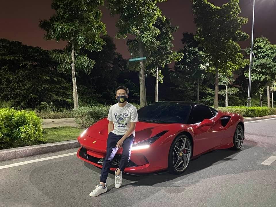 Cường Đô-la đang chờ bàn giao Ferrari SF90 Stradale chính hãng