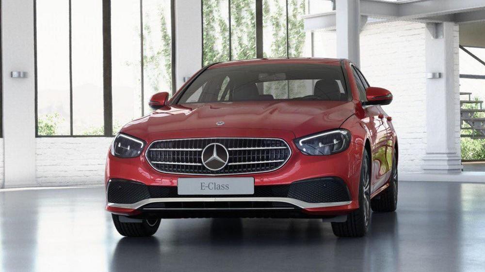 Mercedes-Benz E 180 2021 cuối cùng cũng đã ra mắt Việt Nam.