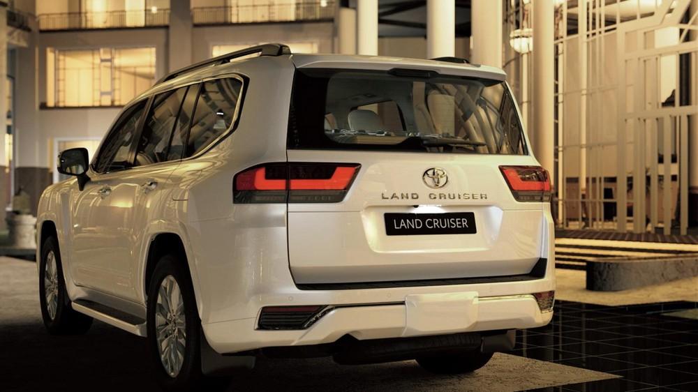 Toyota Land Cruiser 2022 nhẹ hơn 200 kg so với thế hệ cũ 200 Series
